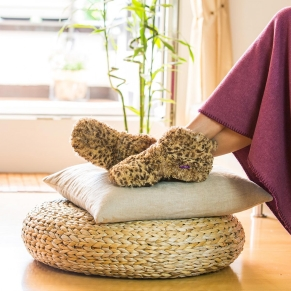 Relax with plush slippers by Radbag.de